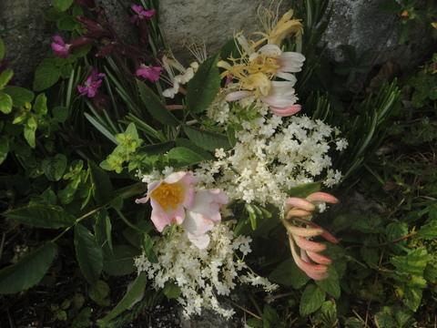 ET FLOWERS