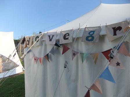 Pe11 thursday tent 2
