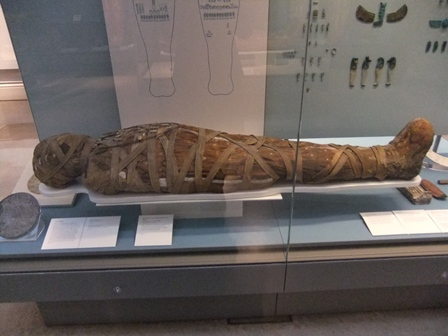 London 15-11 bm mummies