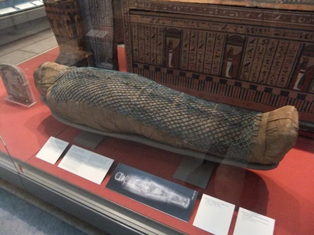 London 15-11 bm mummy 2