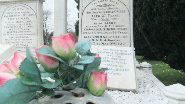 Harry Rogers grave, lost in the Titanic