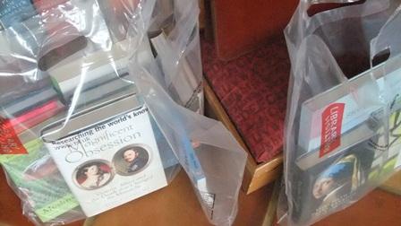 Pe12 thursday am book bags