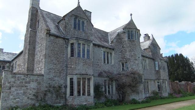 Cadhay manor hse