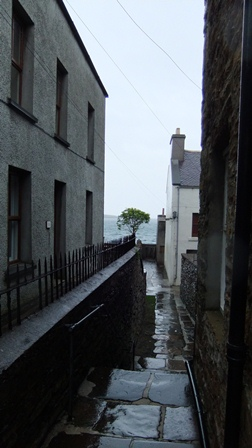 Orkney 2012 stromness + alley