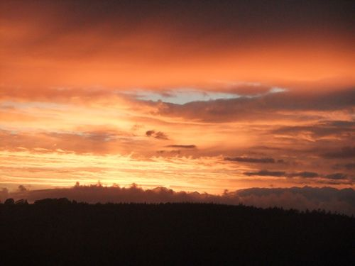 Oct sunset in the Tamar Valley