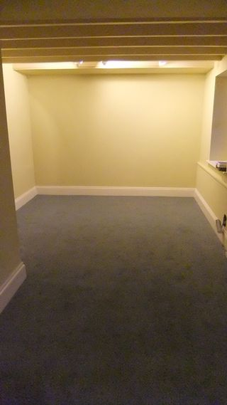 Luxury Brown Carpet What Color Walls Ensign - Wall Art Design ...