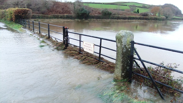 Tamar in flood Nov 2012