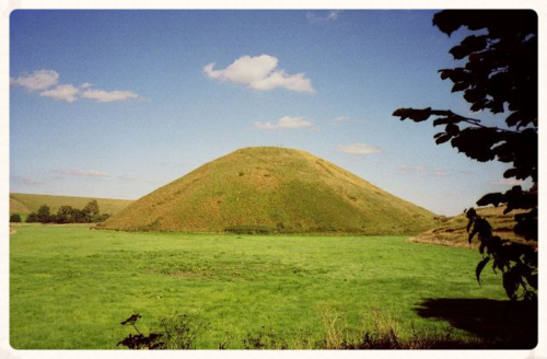 Silbury Hill (wiki images)