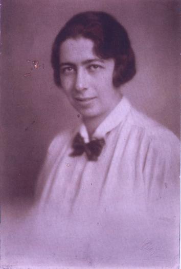 Elisabeth-de-waal-3