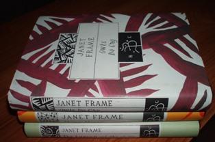 Janet_frame_2